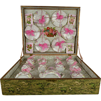 """Wonderful  original antique French tea set in presentation box  """"Service  -  Déjeuner"""" from the late 19th century."""