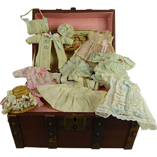 """Antique French doll travelling trunk with beautiful clothes for your 5,5"""" (14cm) mignonette or all bisque miniature doll"""