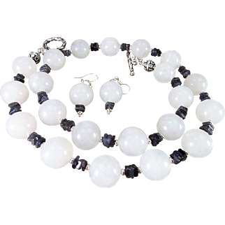 16mm Nephrite Jade With Tanzanite Necklace , Earrings