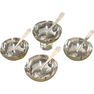 Set of 4 Kalo Arts and Crafts Sterling Silver Salts with Spoons
