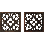 19th Century Set of 2 Carved Wood Window Panels - Gothic Design