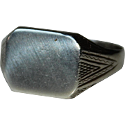 Art Deco Sterling Silver Signet Ring - not engraved