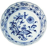 19th Century Meissen Porcelain Bowl with Blue Onion Pattern