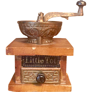 "Antique Miniature ""Little Tot"" Salesman Sample or Doll Coffee Grinder"