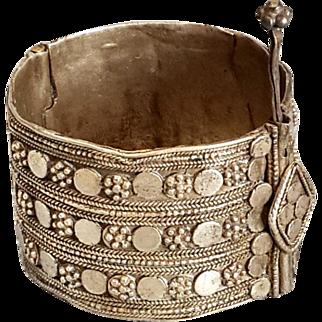 Antique Islamic Yemenite Hinge Bracelet Silver Granulated Jewelry small