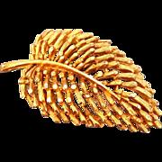 """Vintage BSK Gold Tone Leaf Brooch Large 2.5"""" Art deco style Design Pin"""