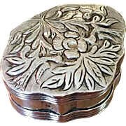 17th c / early 18th c Hallmarked Solid Silver Continental Snuff Box.