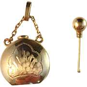 Solid 18k Gold Perfume Bottle Pendant. Art Nouveau Sweden early 1900s.