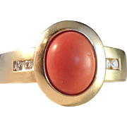 Vintage Mid Century 18k Gold, Diamonds and Coral Ring. 5.7gram