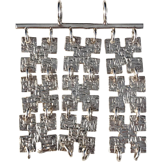 Edvard Kinni, Finland year 1970 Solid Silver Modernist Pendant. Excellent.
