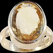 Bold 18k Gold Citrine Mid Century Modern Ring. Sweden 1960s. 10.1gram. Excellent