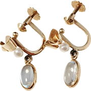 Guldvaruhuset, Sweden year 1963, 18k Gold Moonstone Seed Pearl Pair of Earrings.