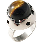 Martti Viikinniemi, Finland year 1966 Modernist Solid Silver Spinning Tiger Eye Ring. Excellent.