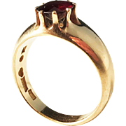 Evald Pettersson, Sweden Antique year 1915 Garnet and 20k Gold Chunky Ring. Excellent.