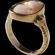 Nordiska Juvelaktiebolaget, Stockholm year 1927, 18k Gold Cameo Ring.