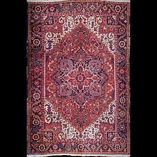 Authentic Heriz Persian rug 8'3x10'10 feet