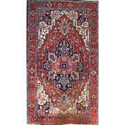 Large Area Rug Serapi fine Wool 10'X12' 19th Century Persian Rug