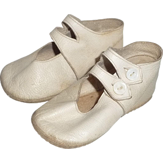 Leather Shoes for Baby or Large Doll with Buttons, Antique in Ivory Color, 4 Inches Long