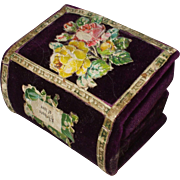 Charming Victorian Velvet Book Form Multi Needle Case