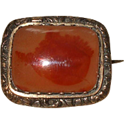 An Attractive Small Victorian Agate Lace Pin Brooch