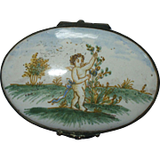 An Attractive and Charming 18th Century Hand Painted Continental Snuff Box