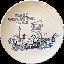 Vintage World's Fair Plate - Red Tag Sale Item