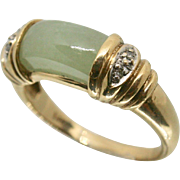 14k Yellow Gold Jade Ring with Diamond Accent~ Size 7.25