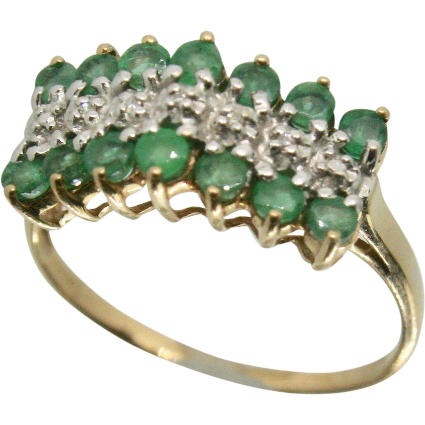 10k Yellow Gold Emerald & Diamond Accent Ring~ Size 8.25