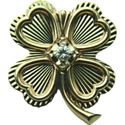 14k Yellow Gold Four Leaf Clover Pin with Round Diamond
