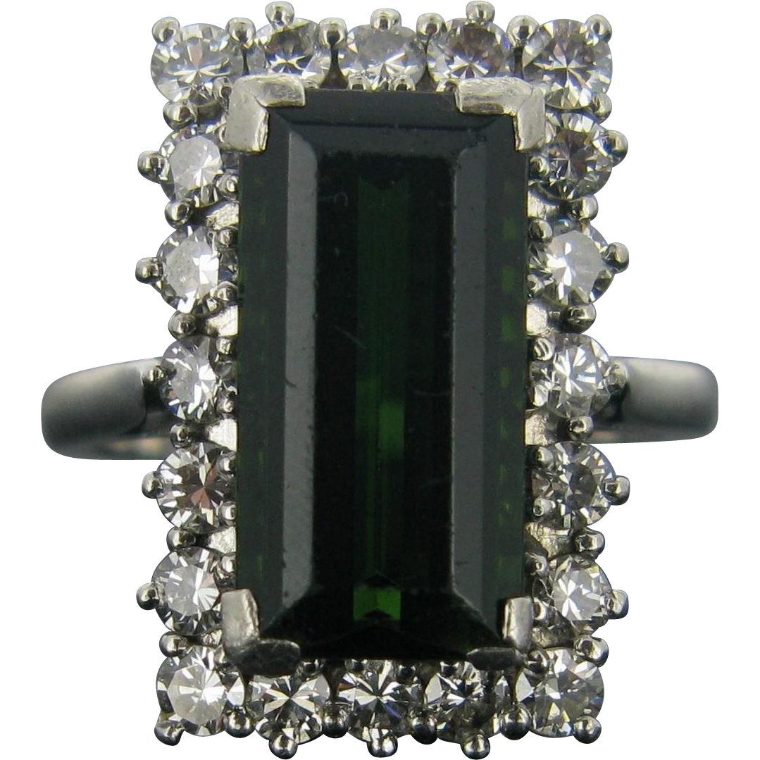 An important vintage tourmaline and diamonds cluster ring