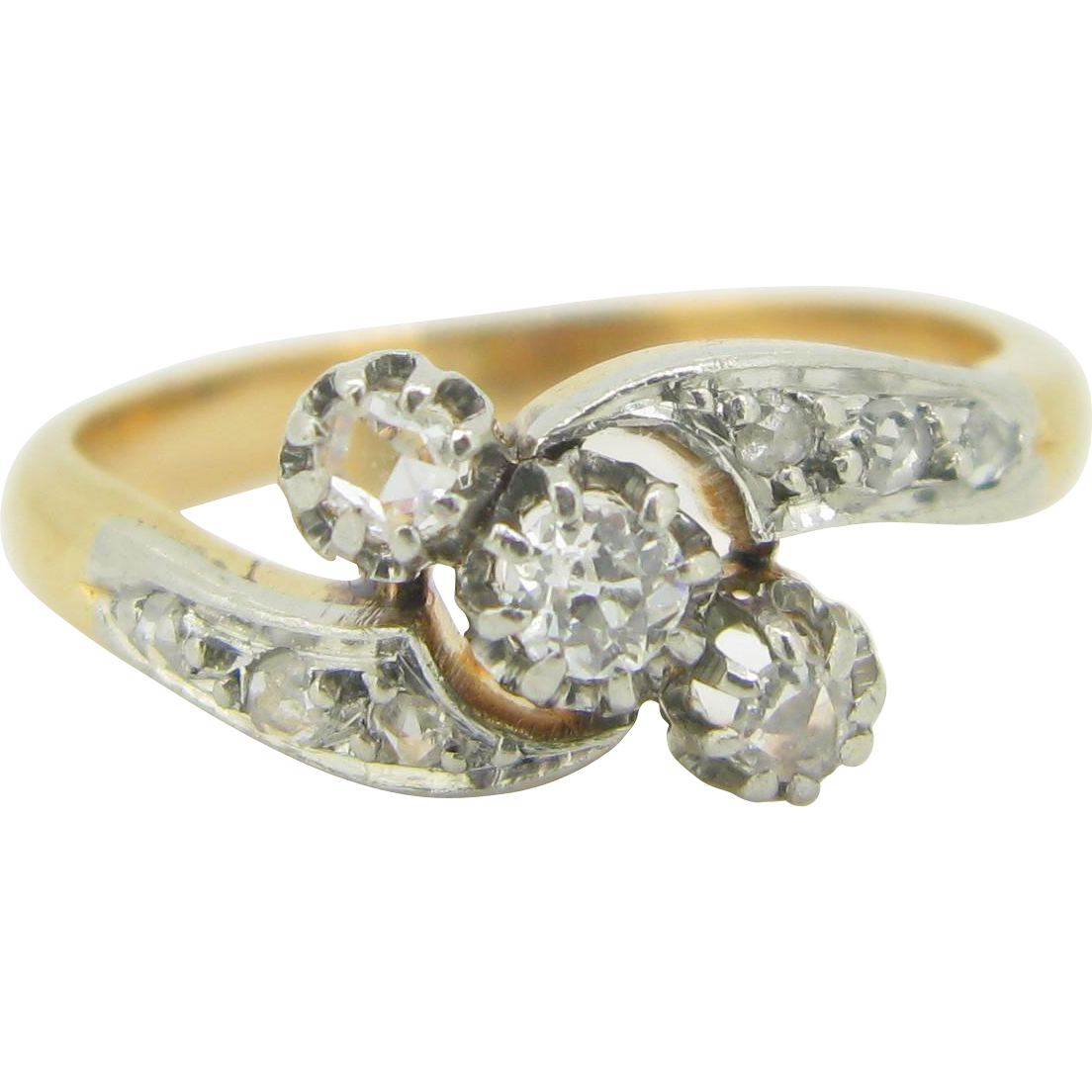 Lovely Edwardian diamonds ring, 18kt gold and platinum~ c.1910