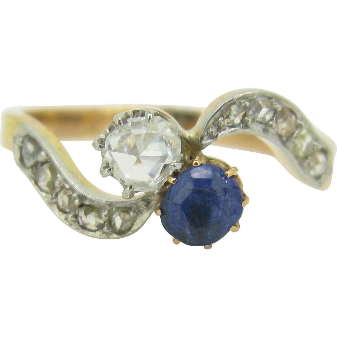 Lovely Toi et Moi, Bypass ring, Twist ring, Sapphire and rose cut Diamond ring, 18kt gold and platinum