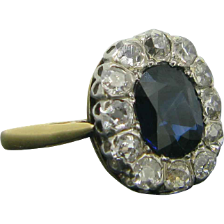 Sapphire and diamonds engagement ring, 18kt gold and platinum, c.1930