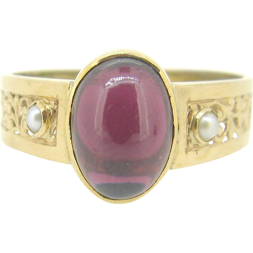 Ravishing French Victorian Garnet ring, pearl, 18kt gold, c.1880