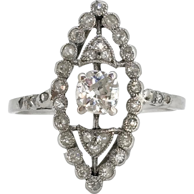 STUNNING Edwardian Diamonds ring, c.1905, 18kt gold and platinum