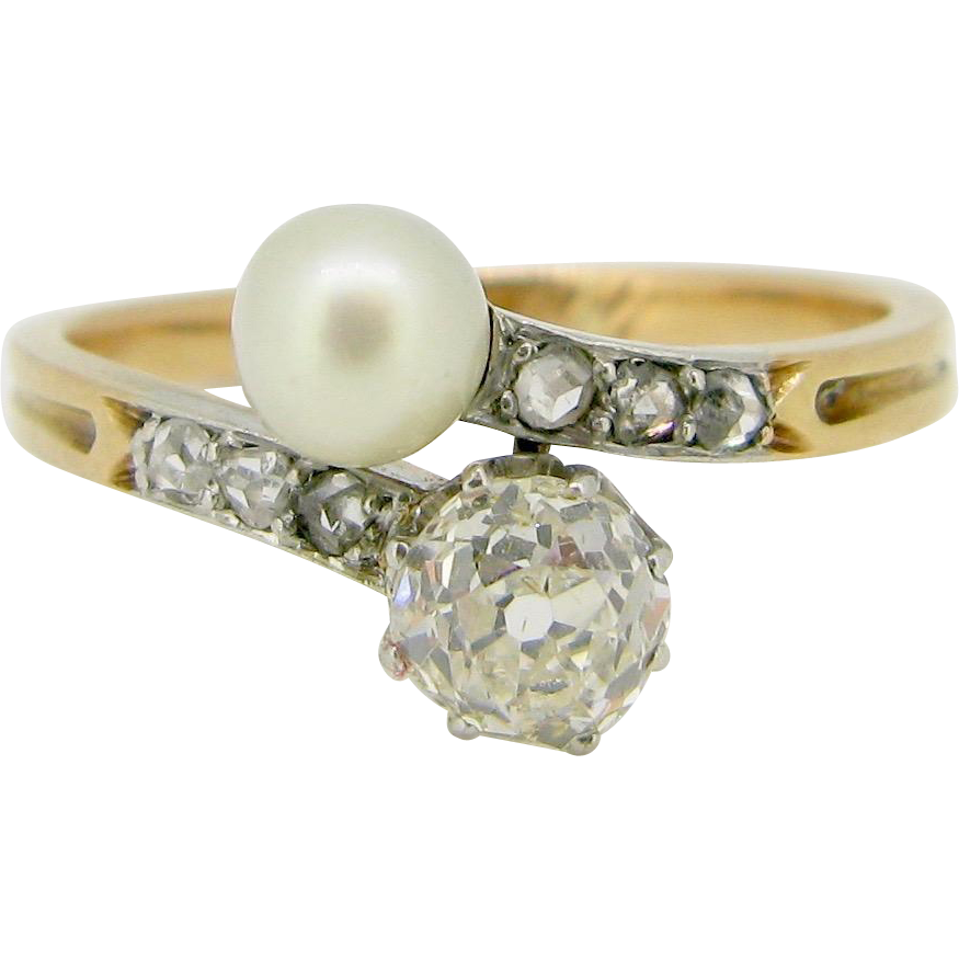 French Antique Toi et Moi Pearl and diamonds ring / Bypass ring / Crossover ring, 18kt gold and platinum, c.1900