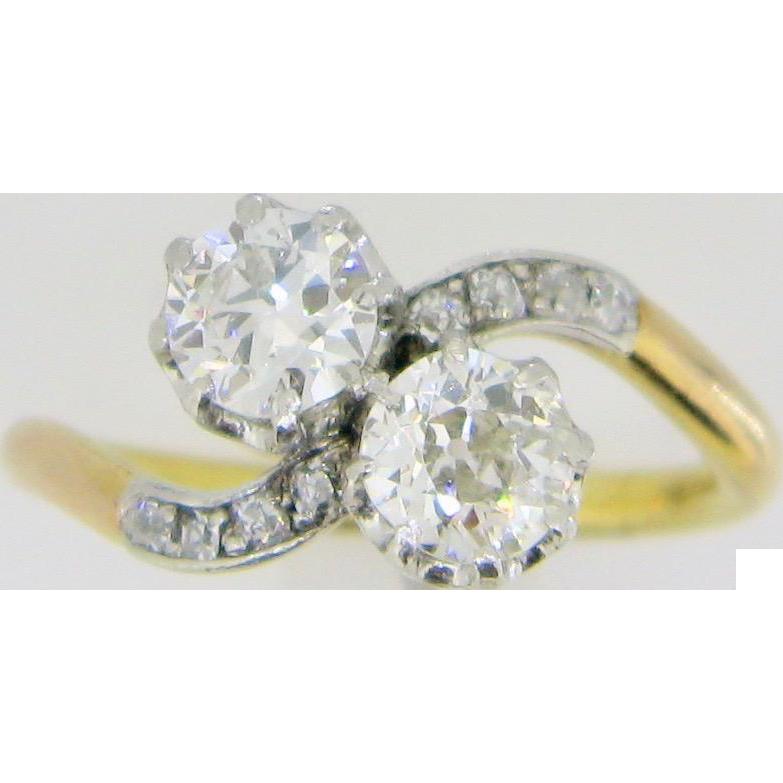Antique Art Nouveau CROSSOVER 2 diamonds ring, TOI ET MOI, 18kt gold and platinum