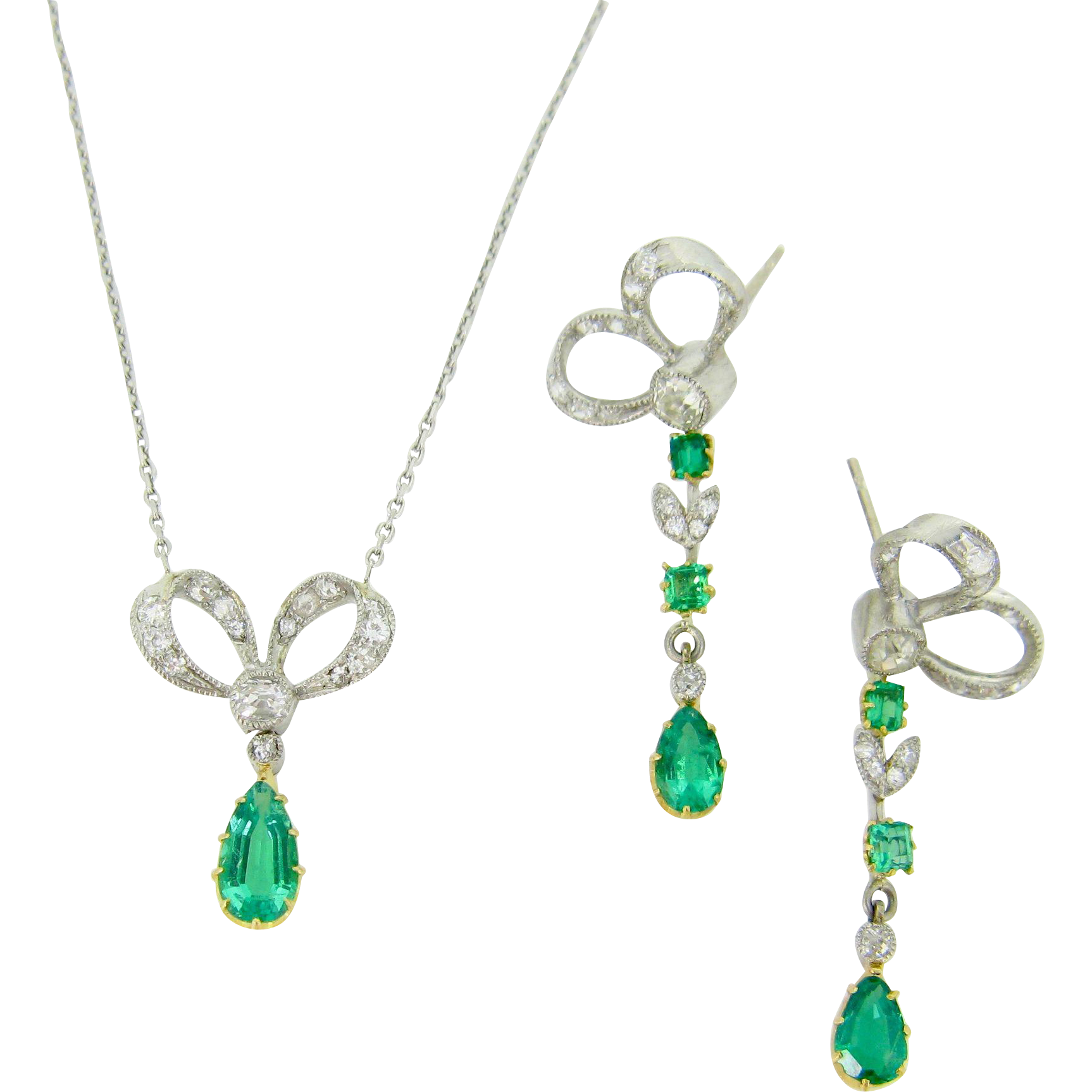 Edwardian Emeralds and diamonds earrings and necklace, 18kt gold and platinum, c.1910