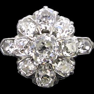 Exquisite Edwardian diamonds cluster ring, 18kt gold and platinum, c. 1915