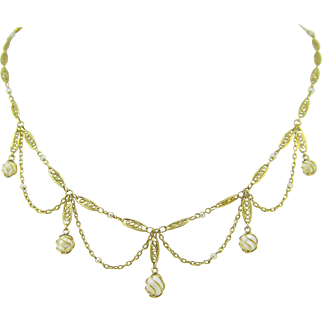 French festoon Filigree necklace with pearls , 18kt gold, Belle Epoque, c.1905