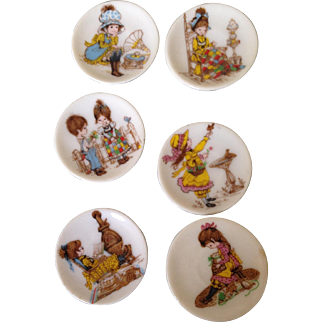 Vintage Miniature Hobby Holly plates