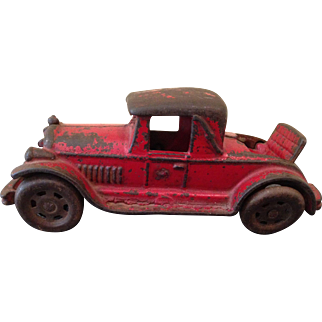 """6"""" Red Rumble seat iron car!"""