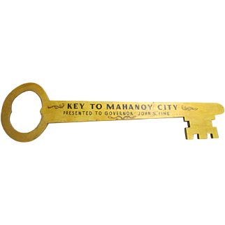 "Wood Key To City To Pa Gov John S Fine 30"" By 8"" Folk Art Original Paint Mahanoy City 1952 Folk Art Political"