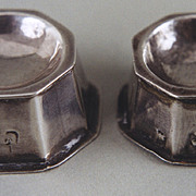 Pair of miniature salts