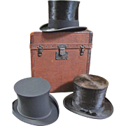 Men's Traveling Case with Three Top Hats
