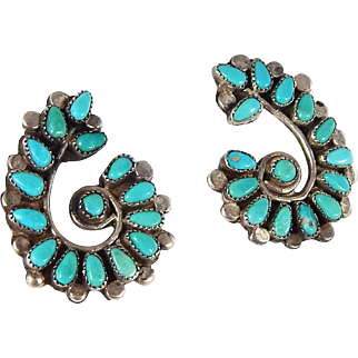 Zuni – Sterling Silver & Turquoise Petit Point Earrings – C. 1950-60s