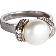 Sterling Silver with Cubic Zirconia and Pearl Ring