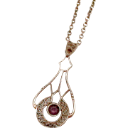 Very Nice 10K Yellow Gold Amethyst Lavalier with Chain