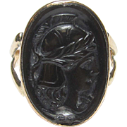 1900's Edwardian 10K Yellow Gold Hand Carved Soldier Head Onyx Cameo Ring