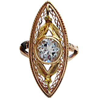 Wonderful 10K Yellow Gold Aquamarine Ring